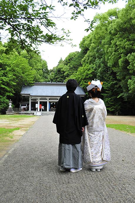 結婚の祝い(神前結婚式)